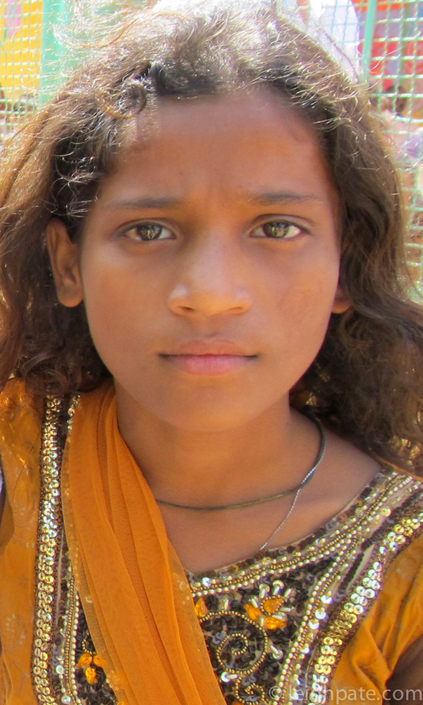 Beautiful Girl, Mumbai Slum